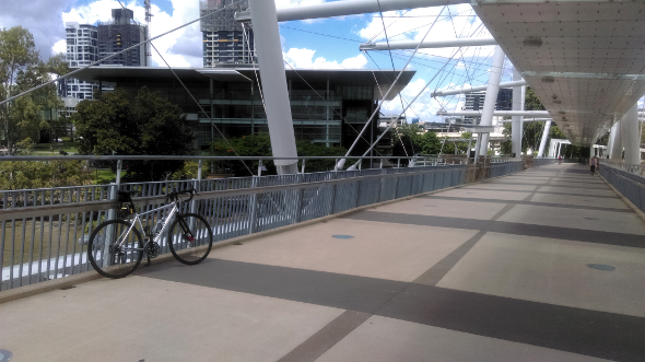 Cycling the Kurilpa bridge to GOMA Brisbane