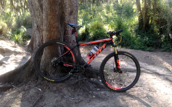 Scott Scale 940 at the creek