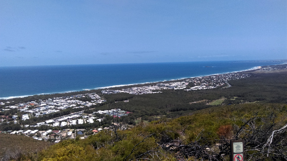 Top of Mt Coolum looking south