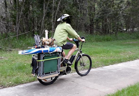 Cargo bike on the way to the beach