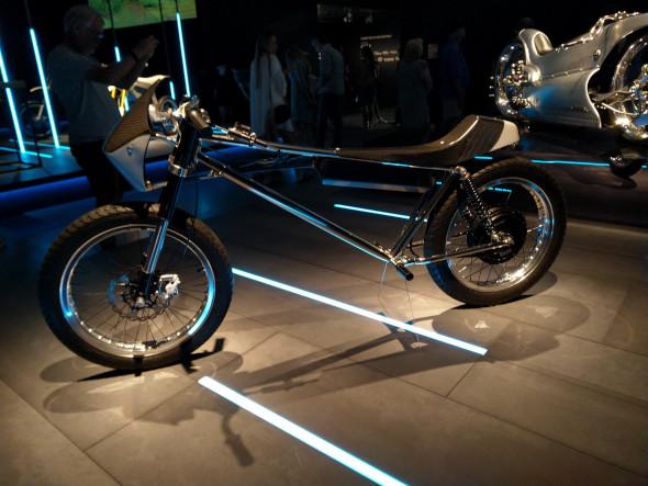 Minimalist electric motorcycle